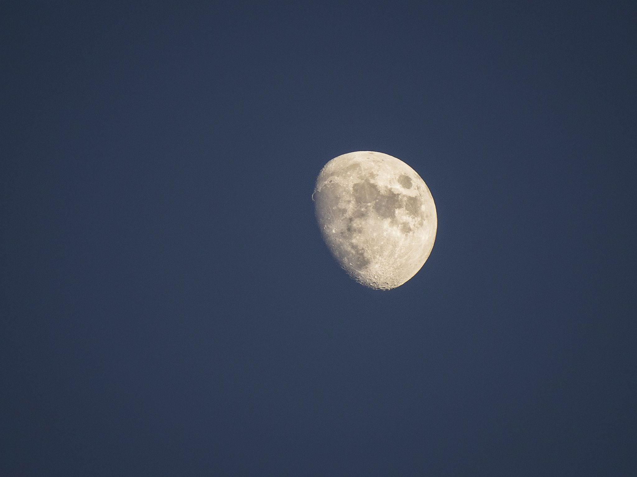Проведение ритуалов на растущей луне