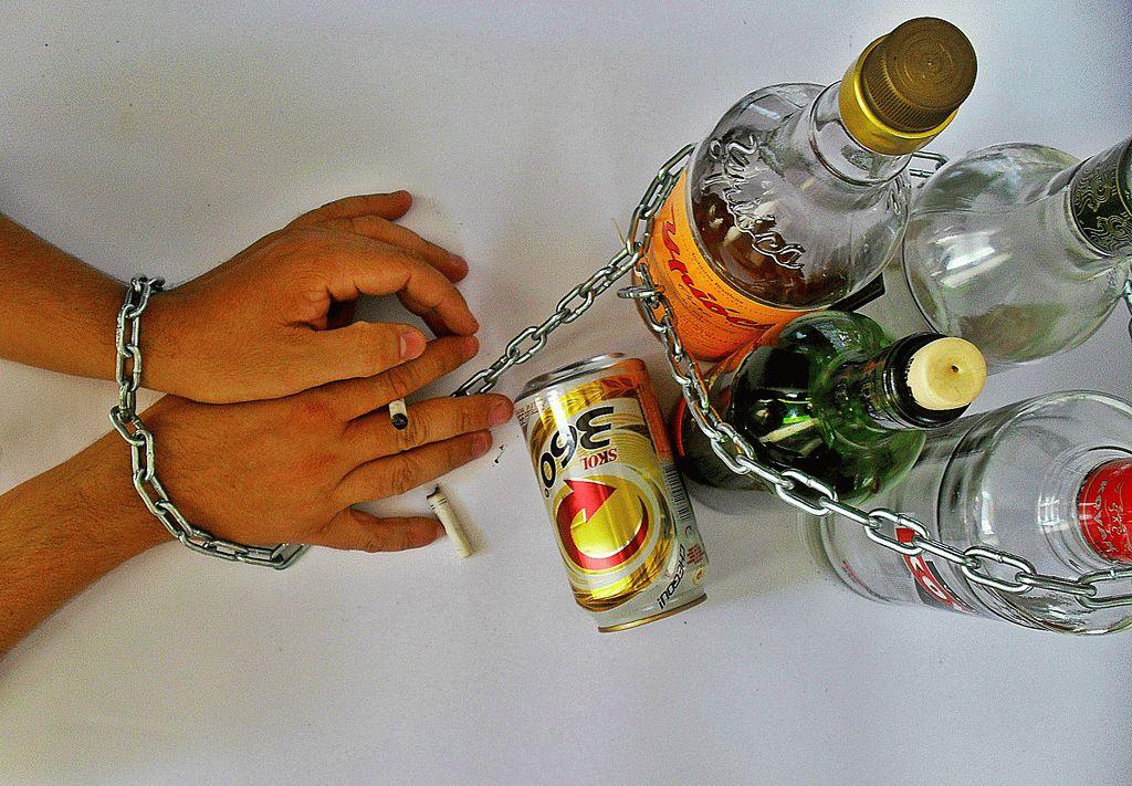 Как сделать приворот на алкоголь и пьянство – какие последствия