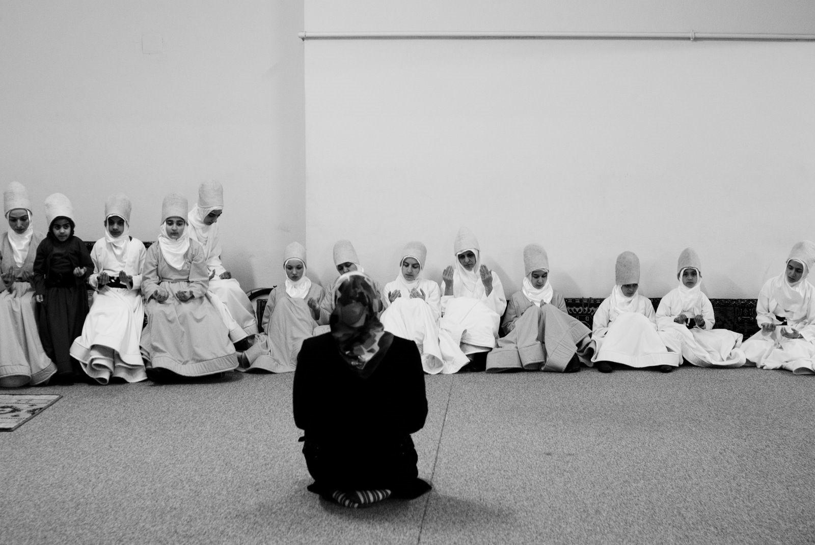 Суфийские практики для женщин и женской силы