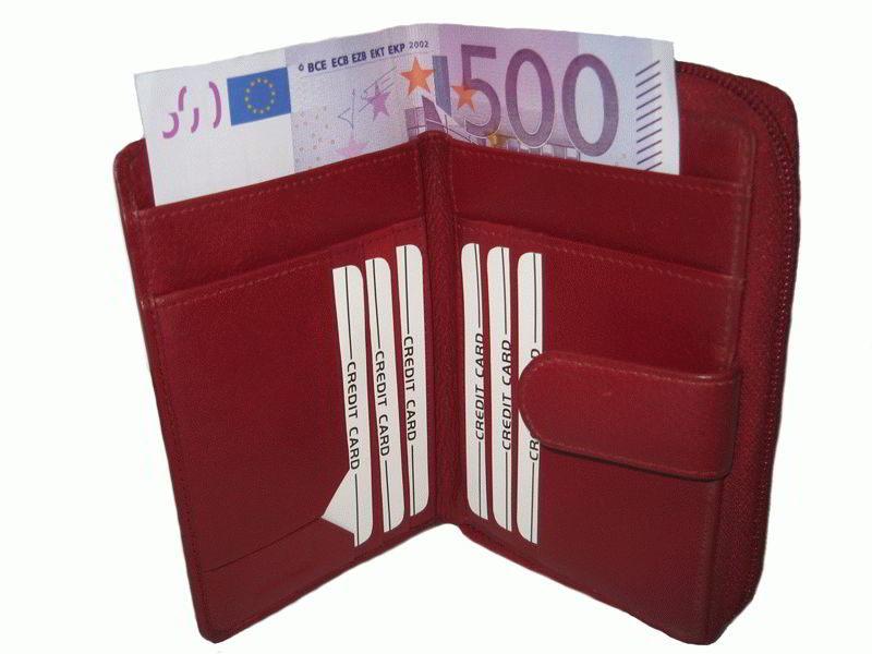 Как выбрать кошелек по «фен шуй»? Какой цвет притягивает деньги?