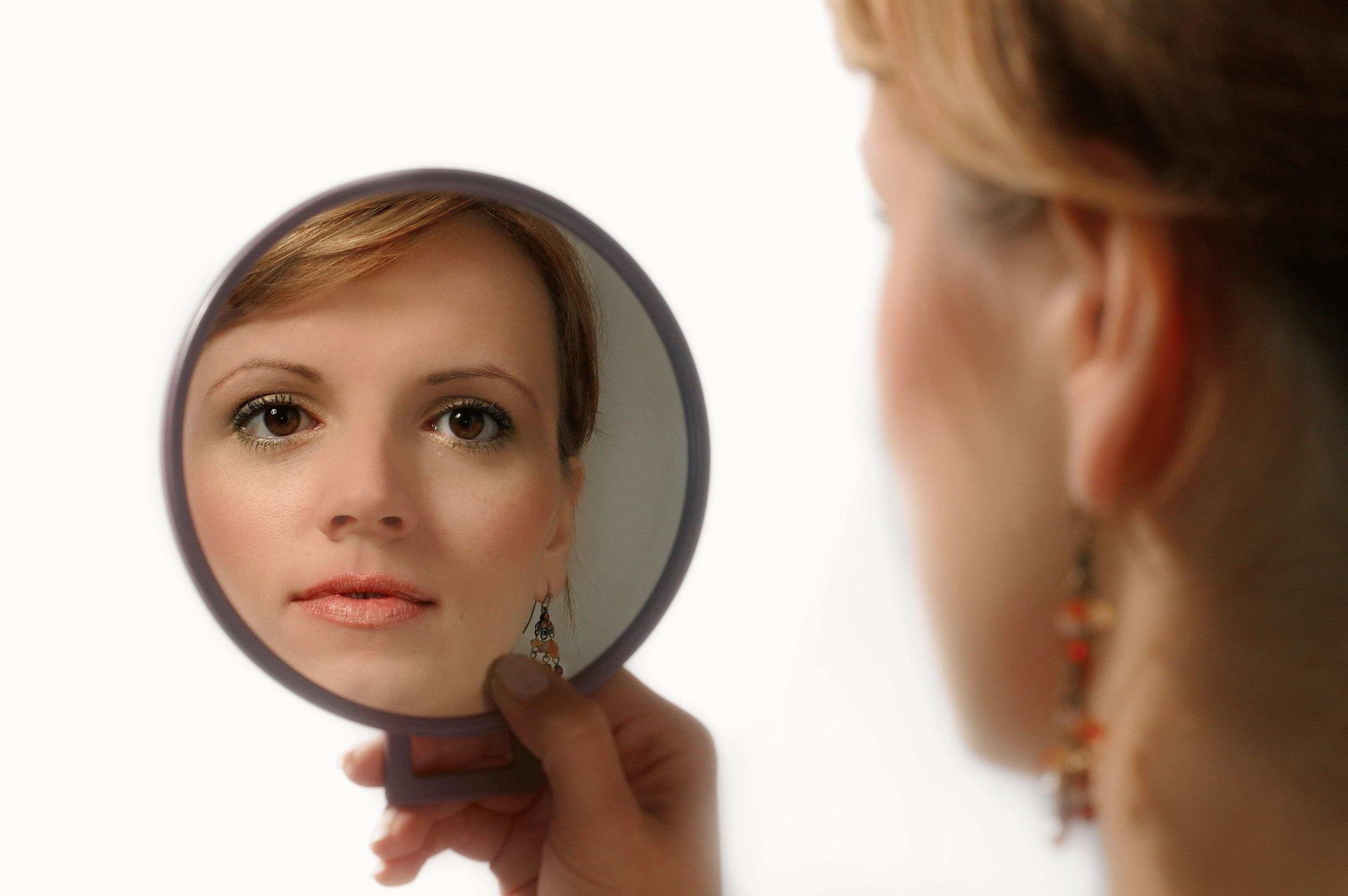 Исполнение желаний с помощью зеркала — как правильно делать?