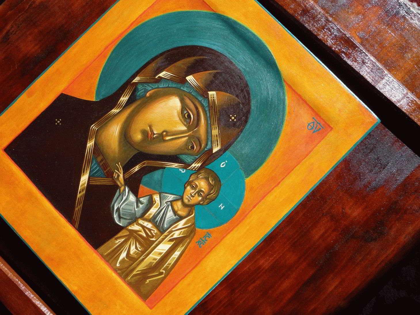 Молитва Казанской Божьей Матери — значение в чем помогает?