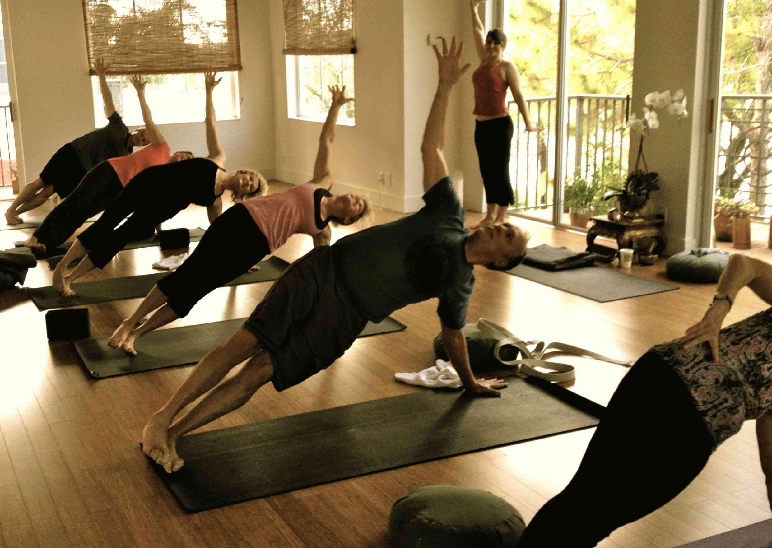 Тантрические практики для женщин – как их делать?