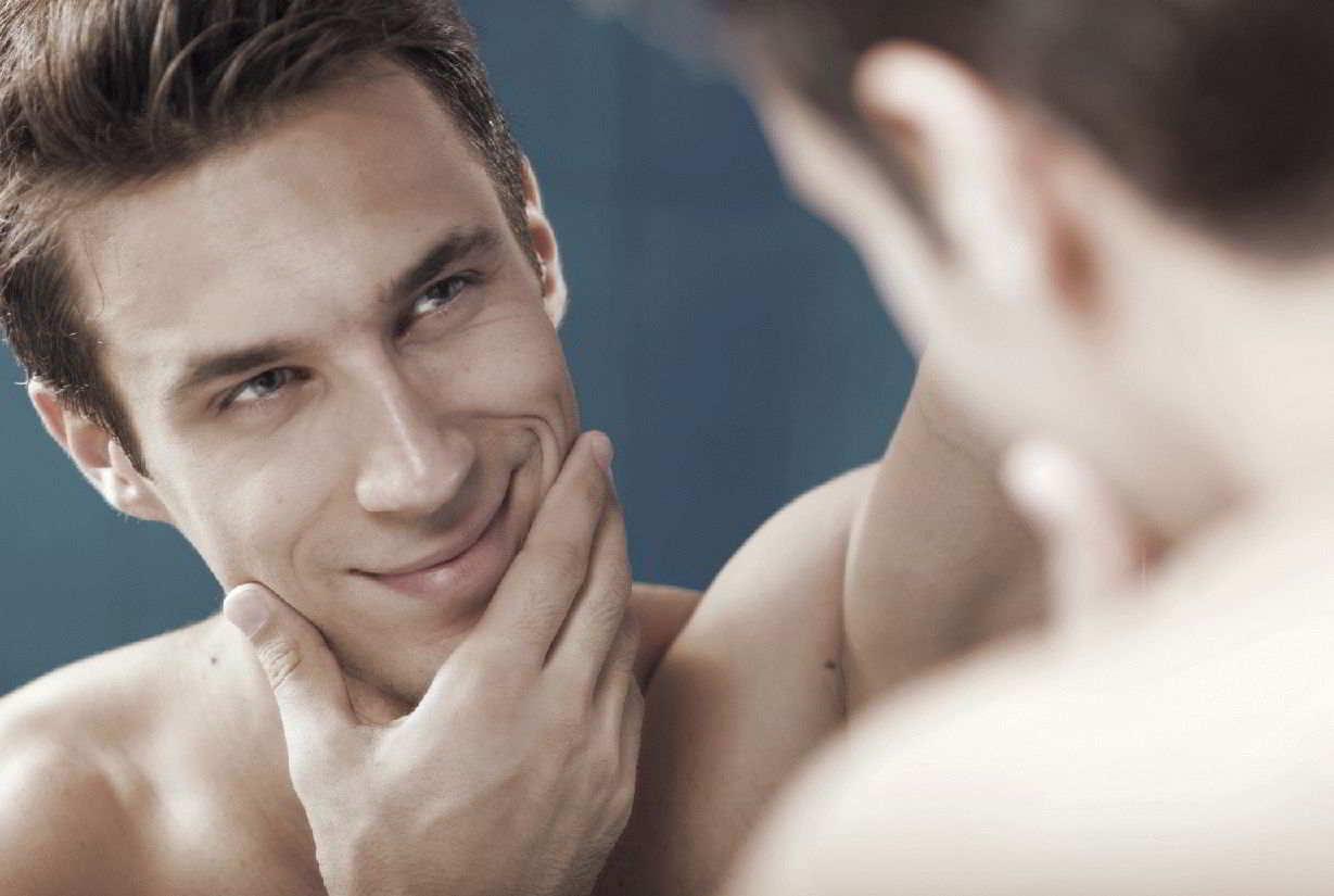 Что нельзя говорить перед зеркалом и почему?