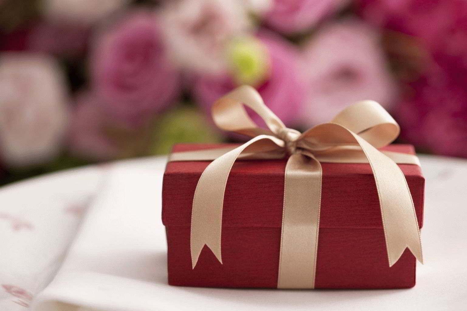 Что не дарят на свадьбу молодоженам – приметы
