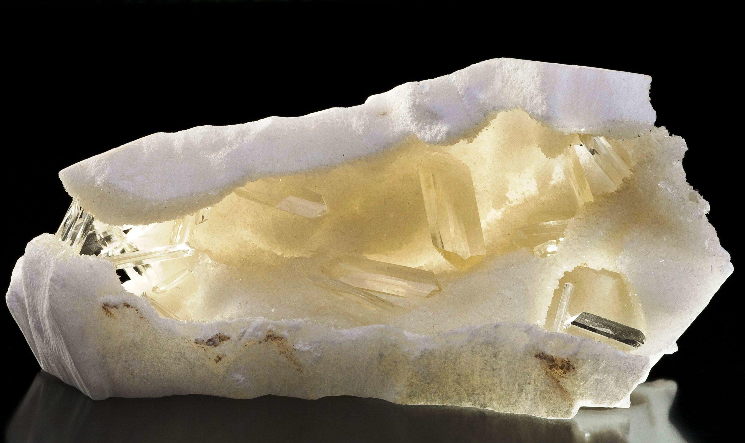 Кому подходит Селенит и каковы свойства минерала?