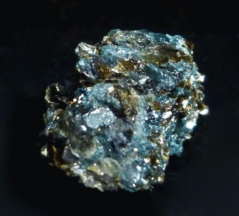 Сапфирин (фото) – свойства, значение, кому подходит