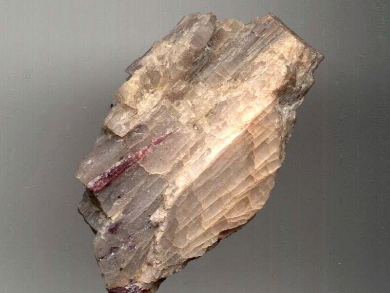 Сподумен минерал и магические свойства