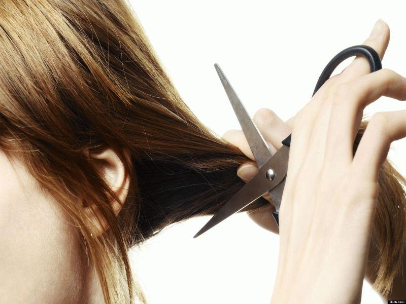 Увидеть во сне обрезанные волосы у себя — к чему снится