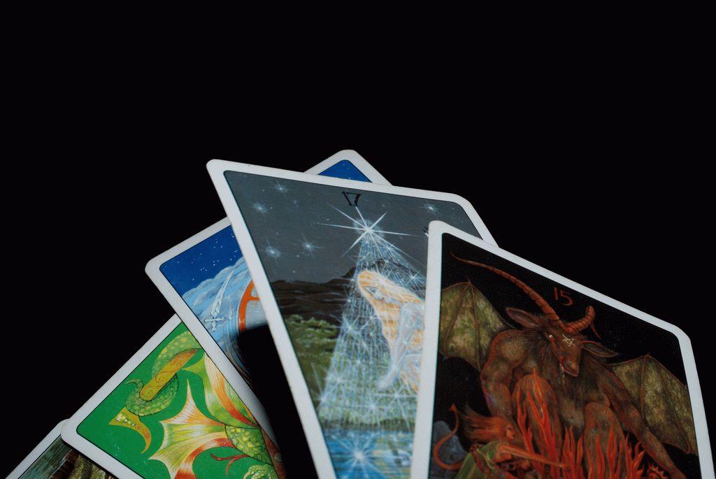 Карта таро Дьявол — значение, толкование и расклады в гадании.