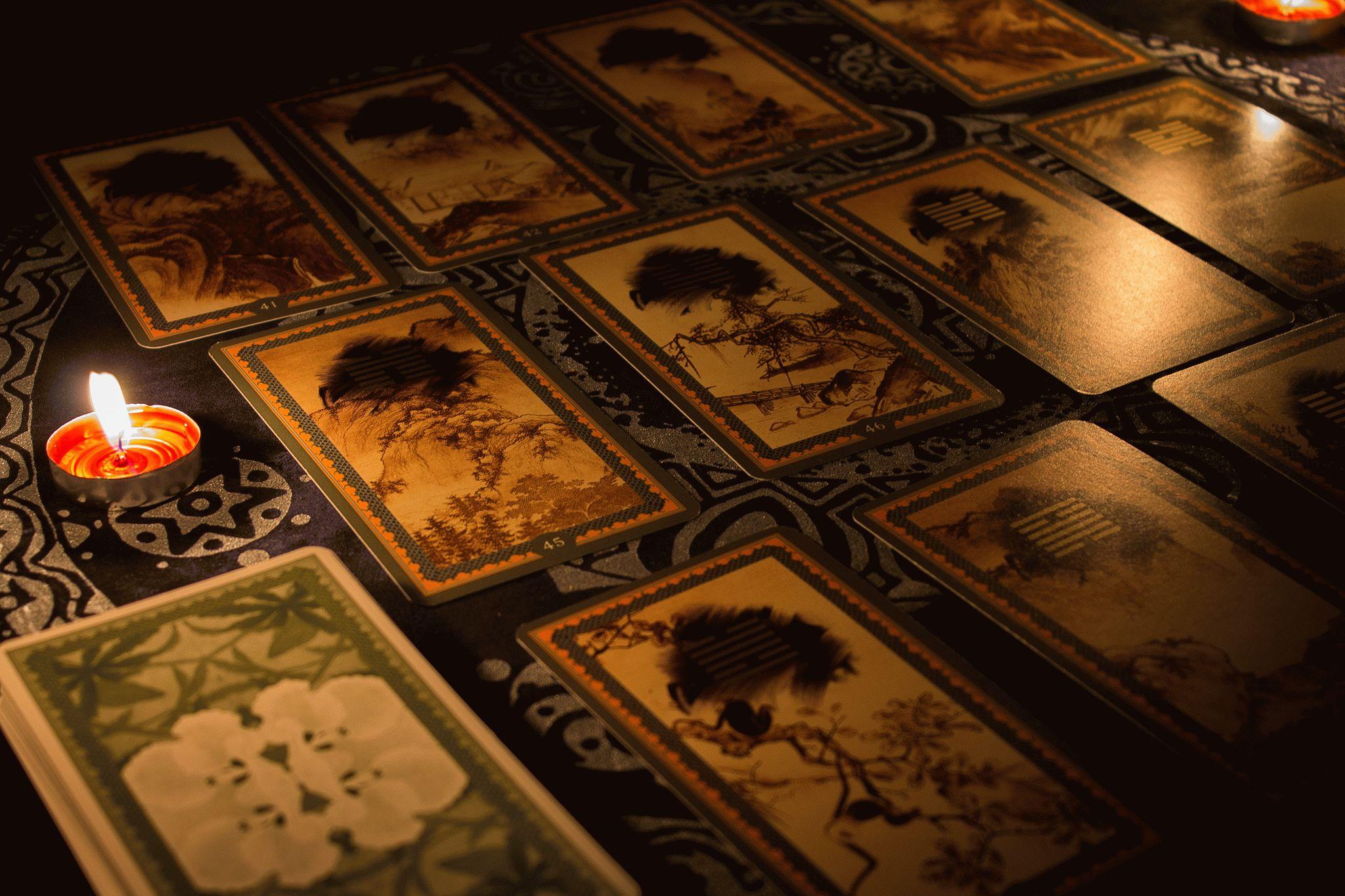 Карта Таро Десятка Кубков — значение, толкование и расклады в гадании