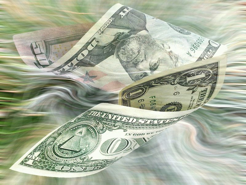 Как сделать приворот на деньги, и какие последствия