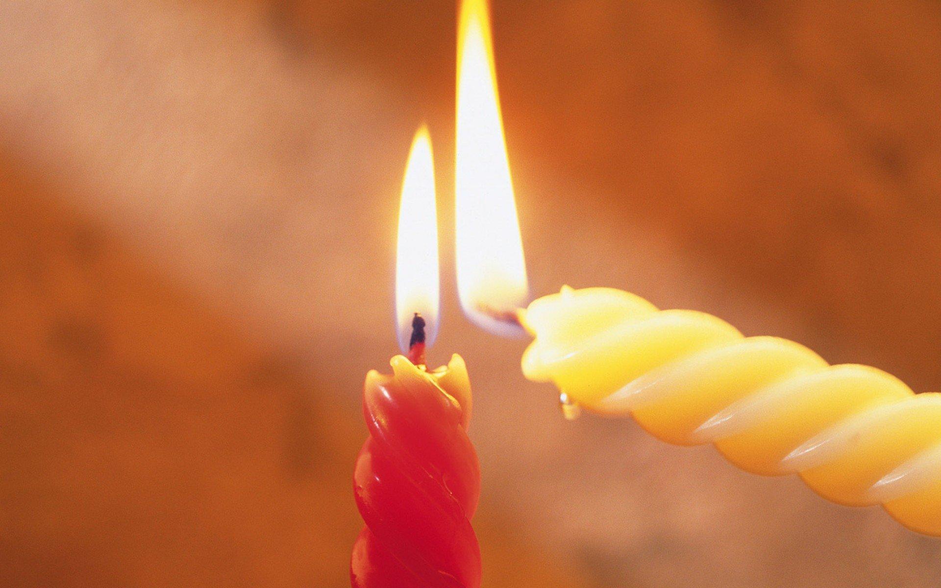 Приворот на скрученные свечи – заговор на желание, деньги и любовь